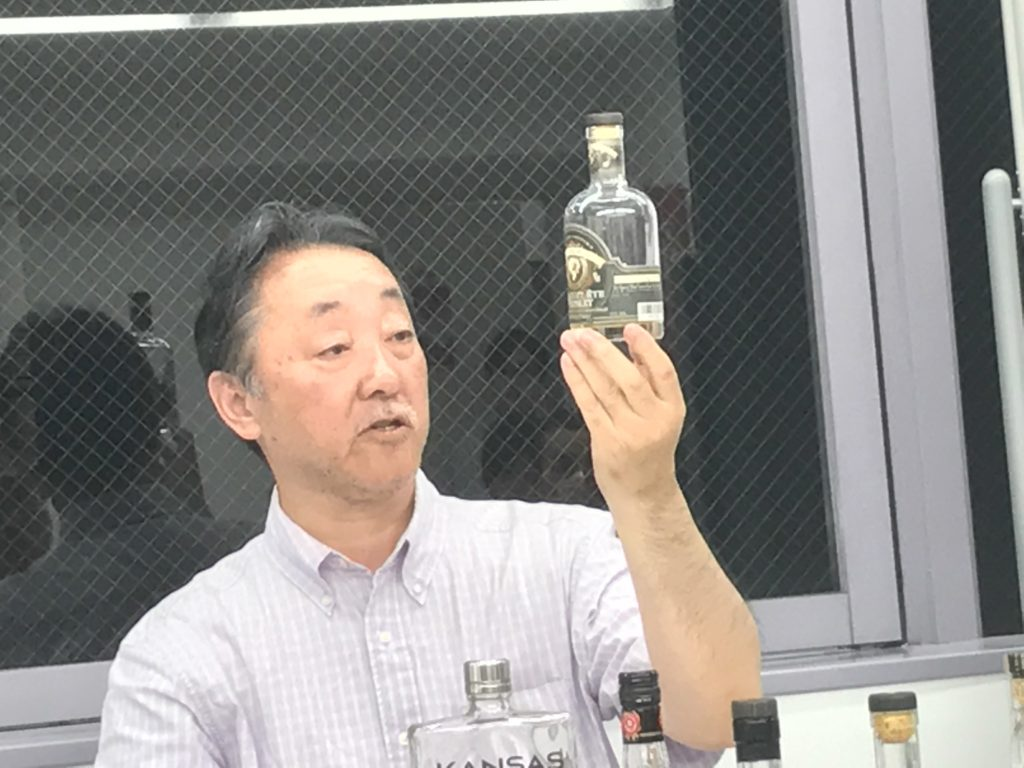 ウイスキー文化研究所「バーボン基礎講座」での土屋守代表