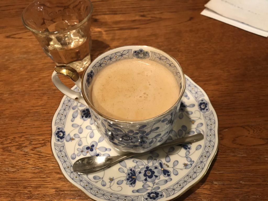 紅茶の店しゅん スパイスミルクティー