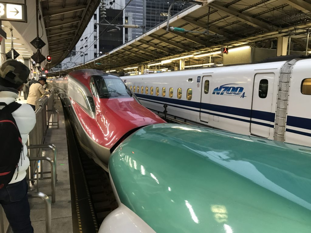 東北・秋田新幹線はやぶさ・こまち連結部