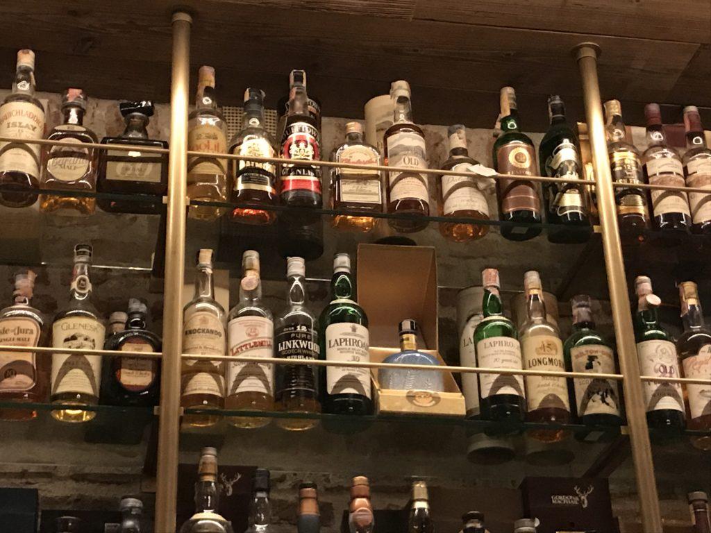 東京ウィスキーライブラリーのバックバー