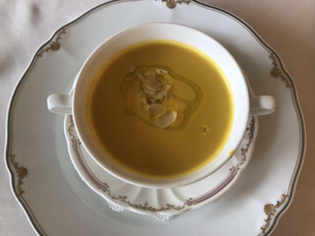 上野精養軒のコース スープ