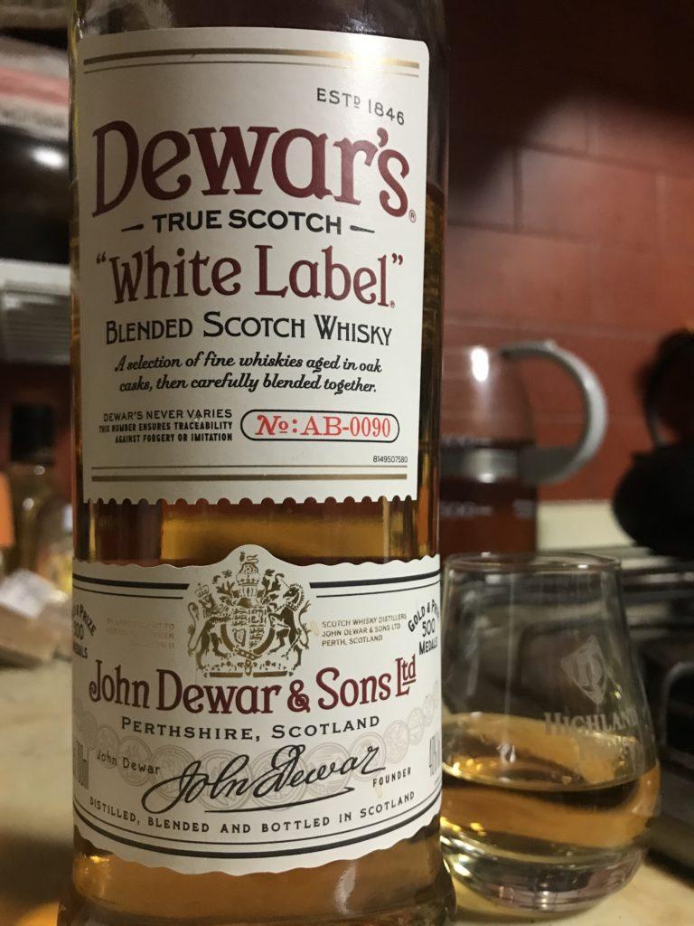 デュワーズ ホワイトラベルをテイスティング