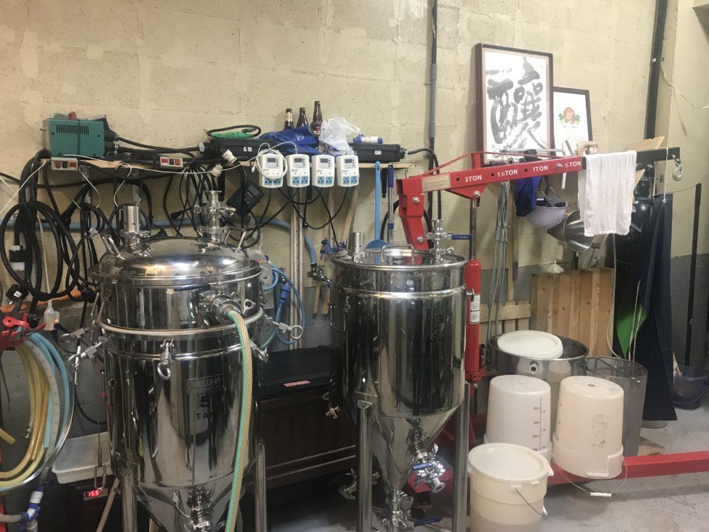 ブリューイングバー主水の醸造室