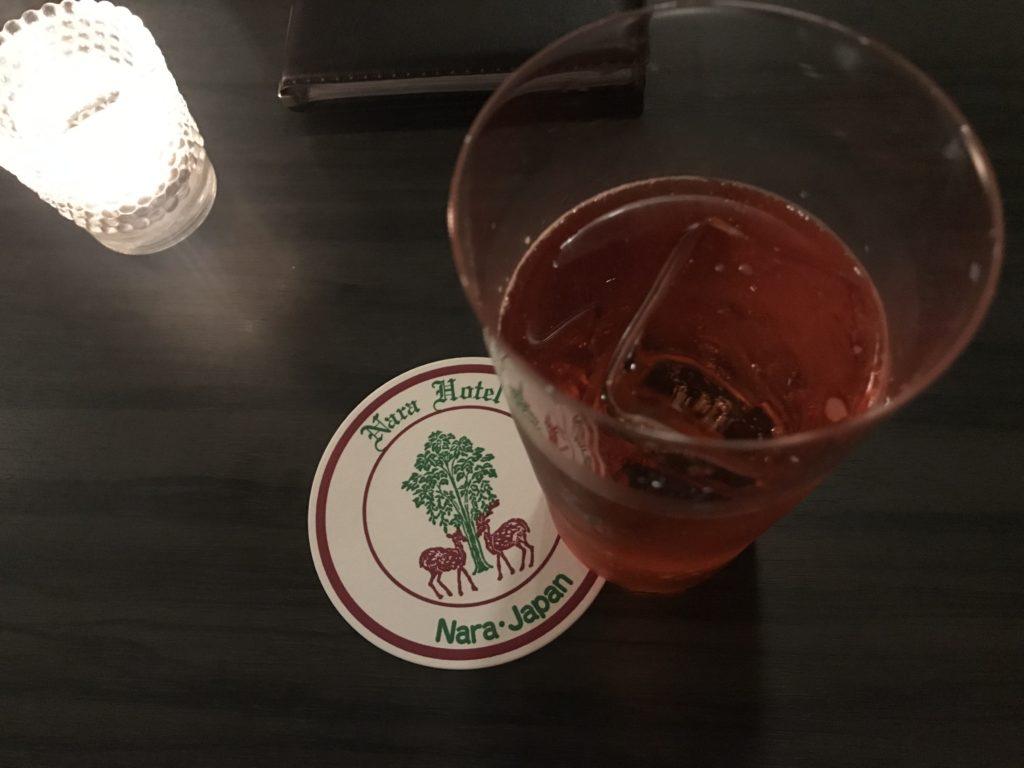 奈良ホテル「ザ・バー」で1杯